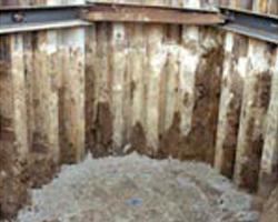 Aushub der Baugruppe für eine Abwasserpumpstation